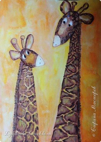 Аня очень любит животных, читает про их жизнь книги и много рисует. Аня изобразила маму- жирафа и жирафёнка-дочку. фото 5