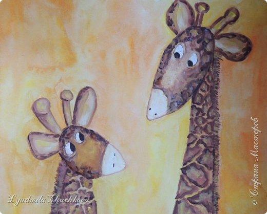 Аня очень любит животных, читает про их жизнь книги и много рисует. Аня изобразила маму- жирафа и жирафёнка-дочку. фото 6