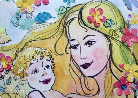 Тема материнства мне очень близка. Я - мама, бабушка.Трое внуков - это здорово! Мои дочери тоже мамы. Меня всегда привлекала тема материнской нежности. И сейчас меня вдохновили фотографии моих дочерей. Может здесь они выглядят усталыми, но я думаю вместе с заботами они испытывают  чувства любви и нежности к своим детям. Это незабываемые первые годы жизни, когда они были маленькие, милые, беззащитные... Мамы любят своих деток, заботятся о них. И пусть так будет всегда! Мамы милые, нежные, любящие! фото 9