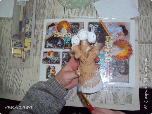 Добрый день, друзья!         Хочу познакомить вас с воронежской игрушкой. Воронежская игрушка менее известна, чем другие игрушки народных промыслов России. Меня очень заинтересовал образ мамы воронежской игрушки, и я решил слепить такую.  фото 5