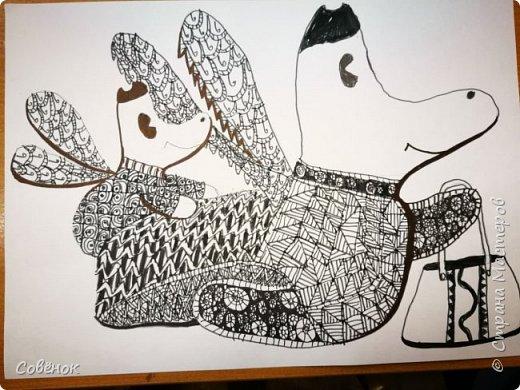На этом рисунке - мама и ребёнок. Они куда-то летят. Не важно куда. Важно, что им хорошо и радостно лететь вместе. фото 6