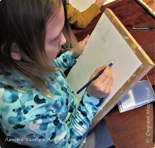 """Алеся создала плакат""""Мои мечты на 2020""""- плакат реализации своих мечт. Где-то читала, Тамара Алексеевна говорила, что мечты могут сбыться если очень захотеть и сделать рисунок или плакат своих желаний.   Начала выполнять плакат, а тут конкурс и подходящая номинация.      фото 2"""