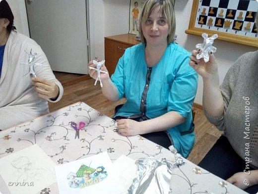 Вот такие мышки в карнавальных костюмах у нас получились.Сначала была идея - сделать ватные игрушки. Потом я увидела конкурс и процесс пошёл! Решила провести мастер - класс. Наши мышки одеты в костюмы: Карлсона, Снеговика, Ангела, Клоуна, Звезду и Деда Мороза. Каждая мышка имеет черты своего создателя. фото 3