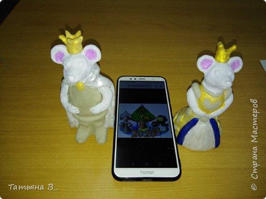 Мы решили сделать короля и королеву в нарядных костюмах. фото 5