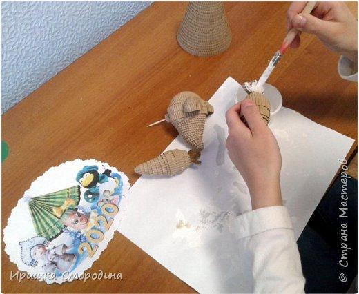 Здравствуйте, дорогие жители Страны Мастеров! Я (Ольга Смородина) перебралась в блог своей дочки Иришки, потому, что у себя уже разместила 5 работ.  Лена отправила на карнавал Дедушку Мороза.  фото 4
