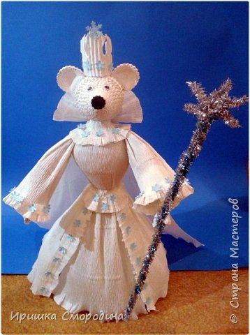 Здравствуйте, уважаемые жители Страны Мастеров! Сегодня на праздничный карнавал пришла и моя мышка - Снежная Королева. фото 1