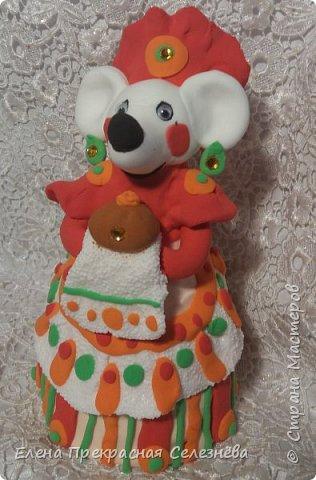 Дымковская крыска Лариска любимая работа , и самая кропотливая по изготовлению. Встречающая гостей с Хлебом и Солью. фото 1