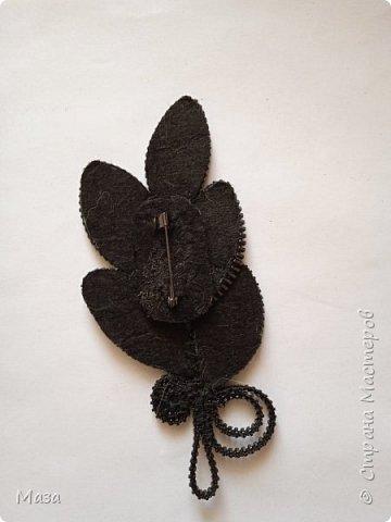 """Хочу представить брошь """"Настроение лета"""", в которой использовались обрезки фетра и старые использованные застежки - молнии. фото 13"""