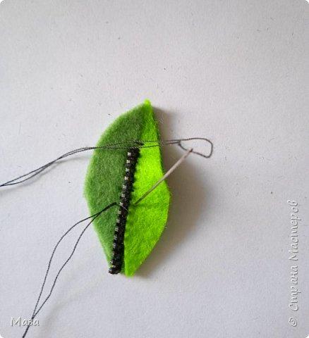"""Хочу представить брошь """"Настроение лета"""", в которой использовались обрезки фетра и старые использованные застежки - молнии. фото 6"""