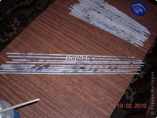 Мастер-класс Плетение Мастер класс плетения из газеты для новичков Бумага газетная Трубочки бумажные фото 2