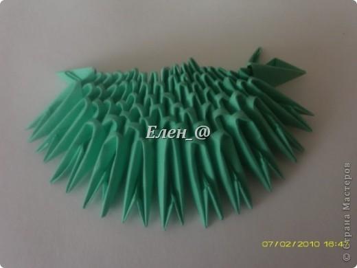 По многочисленным просьбам... Все, что нам понадобится- офисная бумага зеленого и белого цвета, из которой нужно с делать соответственно : зеленых модулей-290 белых-135 фото 4