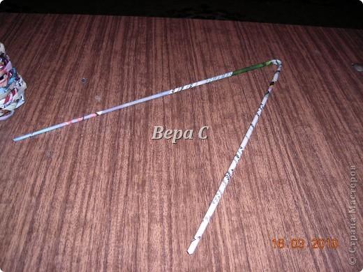 Вот решила сделать МК по плетению колокольчиков,которые просили. Первые свои колокольчики я плела  просто на руках,смотря на фото  у Евгеши. Но так  никак не покажешь,долго искала форму,на что можно плести и нашла. фото 11