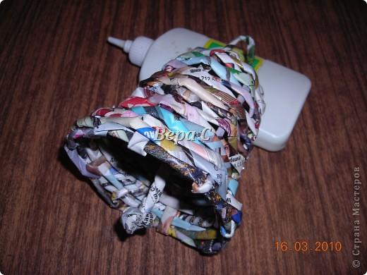 Вот решила сделать МК по плетению колокольчиков,которые просили. Первые свои колокольчики я плела  просто на руках,смотря на фото  у Евгеши. Но так  никак не покажешь,долго искала форму,на что можно плести и нашла. фото 16