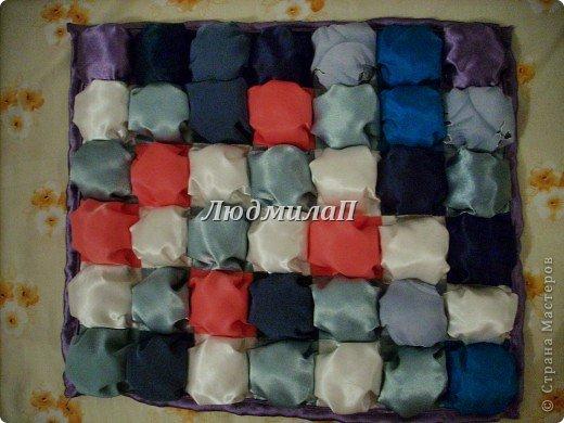 Сшила для внучки одеялко в технике ,,Пуфики,, Размер 132см Х 95 см http://quiltstudio.ru/?p=438#more-438 там всё пошагово описывается.Успеха!   фото 10