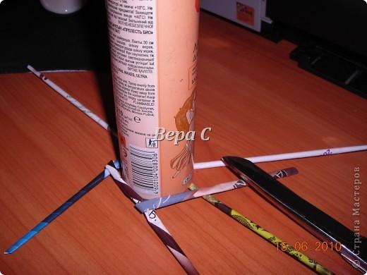 Мастер-класс Плетение Украшение на стену Плетеный венок из газетных трубочек с небольшим МК Бумага газетная фото 6