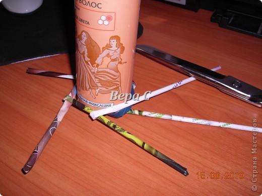 Мастер-класс Плетение Украшение на стену Плетеный венок из газетных трубочек с небольшим МК Бумага газетная фото 8