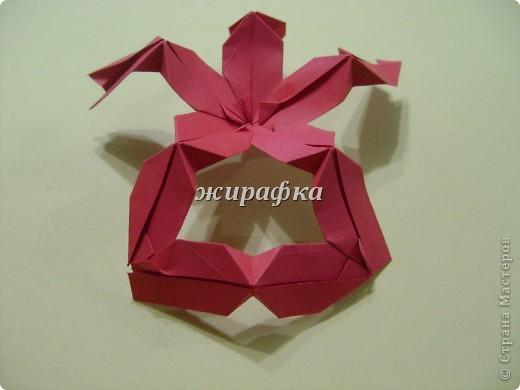 Poinsettia из книги Mukerji M.-Marvelous modular origami. Схему для неё любезно предоставила Олеся1979   на http://stranamasterov.ru/node/66700 фото 11