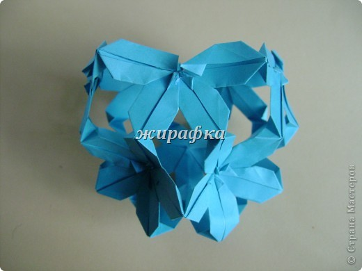 Poinsettia из книги Mukerji M.-Marvelous modular origami. Схему для неё любезно предоставила Олеся1979   на http://stranamasterov.ru/node/66700 фото 15