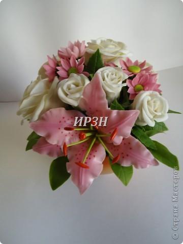 размер:20-22см цветы:хризантема,лилия,роза фото 4