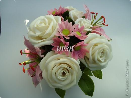 размер:20-22см цветы:хризантема,лилия,роза фото 1