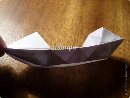 Эта лодочка чуть сложнее предыдущей. Если не ошибаюсь, называется сампан. фото 24