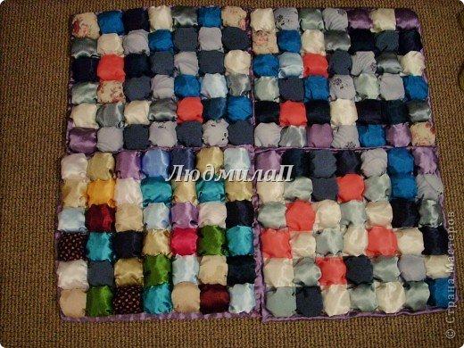 Сшила для внучки одеялко в технике ,,Пуфики,, Размер 132см Х 95 см http://quiltstudio.ru/?p=438#more-438 там всё пошагово описывается.Успеха!   фото 13