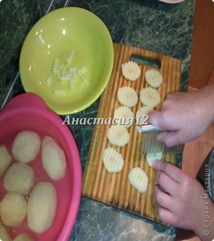 Вам понадобиться:картофель,соль(по вкусу),приправа для картофеля. фото 7