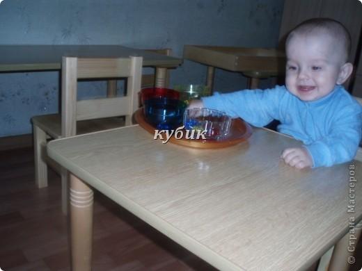 когда нам было 9-10 мес. мы ходили на занятия в центр Монтессори, выставляю фото по просьбе Гайджинки, Жанночка для тебя:)))к сожалению нет фото еще с двух залов фото 17