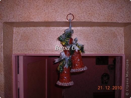 Рождественская подвеска из колокольчиков фото 2