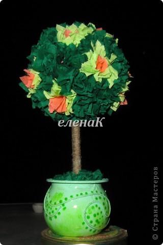 Это первое мое дерево радости, счастья. Горшочек - баночка от йогурта ( покрашено, прочпокано, приклеена суровая нить и лак). фото 1