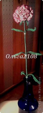 цветок изготовлен из шелковых и металлизированных ниток фото 1