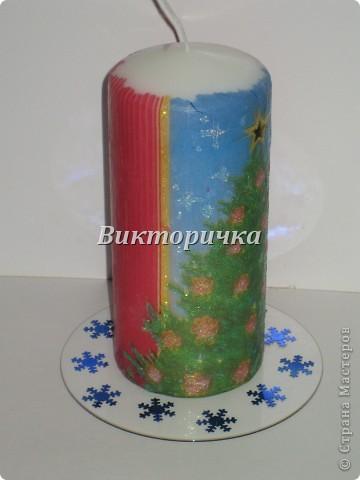 К Новому году, ко дню рождения или на день влюблённых - всегда зажигают свечи! Предлагаю Вашему вниманию простой МК по декупажированию свечи. фото 1