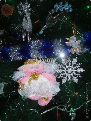вот такого Рождественского ангела сшила на елку, швы видно на нем специально, мне почему то больше так нравится:)) фото 2