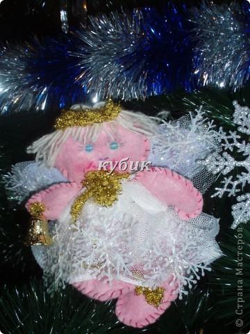 вот такого Рождественского ангела сшила на елку, швы видно на нем специально, мне почему то больше так нравится:)) фото 3