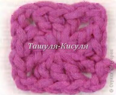 Для комбинезона потребуется пряжа ALIZE Viscose Puffy 100 гр 220 м молочного цвета, 10 гр 40 м розового цвета (цветок и грудка). Крючок №5. Две бусины. Нитки, иголка.  Вяжем две штанины по схеме: набираем 36 вп 1р.-3р. 36 ст сн 4р. 10 ст сн, 2 ст сн в 1 п, 14 ст сн, 2 ст сн в 1 п, 10 ст сн (38 ст сн) 5р. 38 ст сн 6р. 10 ст сн, 2 ст сн в 1 п, 2 ст сн в 1 п, 14 ст сн, 2 ст сн в 1 п, 2 ст сн в 1 п, 10 ст сн (42 ст сн) 7р. 10 ст сн, 2 ст сн в 1 п, 1 ст сн, 2 ст сн в 1 п, 16 ст сн, 2 ст сн в 1 п, 1 ст сн, 2 ст сн в 1 п, 10 ст сн (46) 8р.-15р. 46 ст сн Берем вторую связанную штанину, провязываем 16 ряд ст сн, не отрывая нити провязываем вторую штанину. Получится единая деталь. Далее вяжем 18 рядов ст сн.  фото 5
