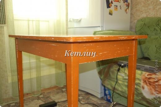 Вот такой столик стоит у нас теперь на кухне)))))Сделали распечатку,использовала технику шебби (потертости)акриловая краска и яхтный лак. фото 8