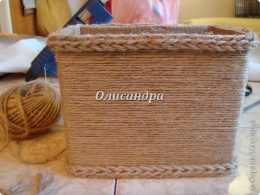 Вот такую коробочку для бумаг я сделала из ненужной коробки... Как это начиналось можно посмотреть здесь... http://stranamasterov.ru/node/141514 фото 6