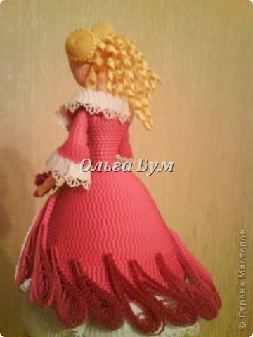 Дама в розовом платье с розой в руках. Из гофрокартона. Придумала её полностью сама. Придумала и сделала! фото 8