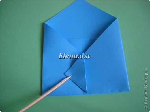 Конверт-оригами для маленькой  открытки. Украшаем цветами в технике квиллинг. При копировании статьи, целиком или частично, пожалуйста, указывайте активную ссылку на источник! http://stranamasterov.ru/user/9321 http://stranamasterov.ru/node/142138 фото 11