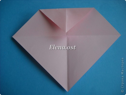 Конверт-оригами для маленькой  открытки. Украшаем цветами в технике квиллинг. При копировании статьи, целиком или частично, пожалуйста, указывайте активную ссылку на источник! http://stranamasterov.ru/user/9321 http://stranamasterov.ru/node/142138 фото 19