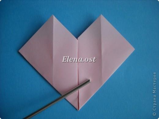 Конверт-оригами для маленькой  открытки. Украшаем цветами в технике квиллинг. При копировании статьи, целиком или частично, пожалуйста, указывайте активную ссылку на источник! http://stranamasterov.ru/user/9321 http://stranamasterov.ru/node/142138 фото 22