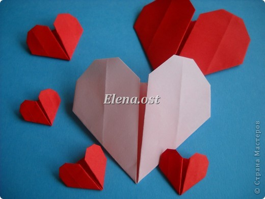 Конверт-оригами для маленькой  открытки. Украшаем цветами в технике квиллинг. При копировании статьи, целиком или частично, пожалуйста, указывайте активную ссылку на источник! http://stranamasterov.ru/user/9321 http://stranamasterov.ru/node/142138 фото 16
