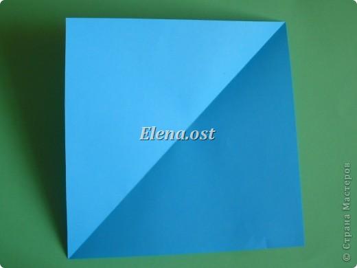 Конверт-оригами для маленькой  открытки. Украшаем цветами в технике квиллинг. При копировании статьи, целиком или частично, пожалуйста, указывайте активную ссылку на источник! http://stranamasterov.ru/user/9321 http://stranamasterov.ru/node/142138 фото 5