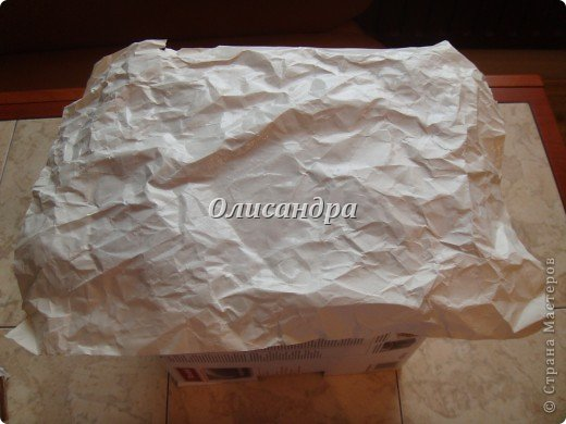 Была бы коробочка, а что в нее положить, всегда найдется... Одну уже сделала...   http://stranamasterov.ru/node/141514 ...и решила не останавливаться на достигнутом :)) Правда, шпагат закончился, но я вовремя нашла идею у Валентины из РОСТОВА ... Вместо шпагата можно использовать обычную пряжу... Ну, уж чего-чего, а пряжи у меня достаточно... фото 10