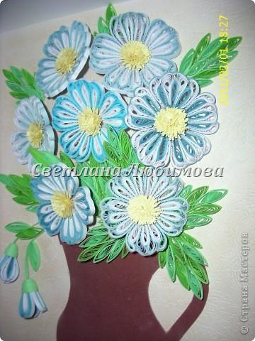 """Вот такие цветочки родились у меня недавно. Вдохновил на работу МК N@tali. Спасибо Вам за полезный МК! Решила """"посадить"""" цветы в кувшинчик. Жаль, что не нашла фоторепортаж оригинала с выставки.  фото 2"""