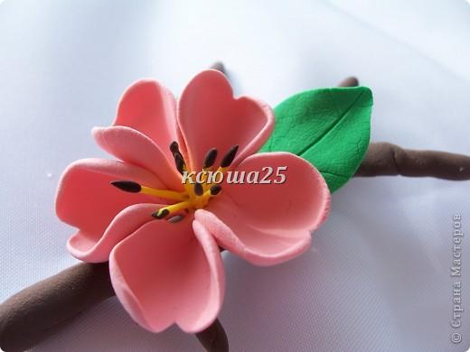 вот мой новый цветик,так нравиться,пока что он применение не нашел,только в стадии разработки)))Сейчас я леплю их много и планирую кое -что собрать....... фото 3