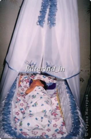 Когда я 8 лет назад ждала рождения дочечки своей,сфера по обслуживанию новорожденных только развивалась(по крайней мере в нашем городе),купить что-то красивое было нереально.А душа просила праздника.... фото 2