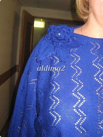 Платье связано на вязальной машине, отделка - крючок.  фото 4