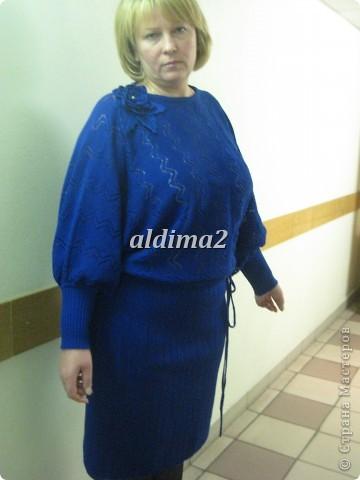 Платье связано на вязальной машине, отделка - крючок.  фото 5