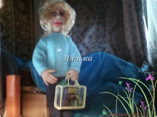 """Девушка """"ОРИФЛЕЙМ"""" Выполнена  на заказ ко дню рождения. Свитерок связан спицами. Брючки сшиты из джинсовой ткани фото 1"""